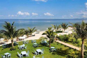 La-Veranda-Resort-Phu-Quoc-Island-Vietnam-Beachfront.jpg