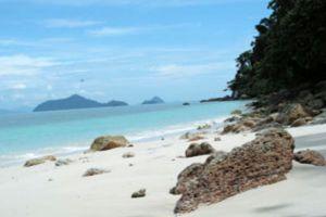 Laem-Son-National-Park-Ranong-Thailand-002.jpg