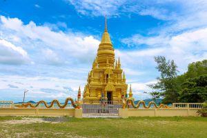 Laem-Sor-Pagoda-Samui-Suratthani-Thailand-01.jpg