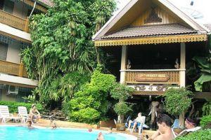 Lai-Thai-Hotel-Guest-House-Chiang-Mai-Thailand-Exterior.jpg