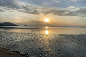 Lamai-Beach-Samui-Suratthani-Thailand-02.jpg