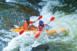 Lan-Khoi-Nhan-Mod-Dang-Whitewater-Rafting-Phatthalung-Thailand-03.jpg