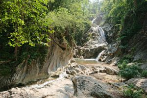 Lan-Sang-National-Park-Tak-Thailand-06.jpg