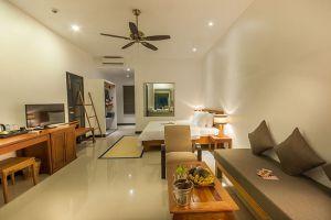 Landing-Gold-Villa-Siem-Reap-Cambodia-Living-Room.jpg