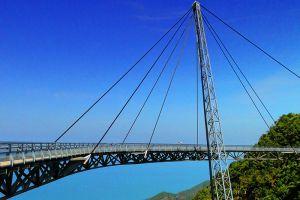 Langkawi-Sky-Bridge-Kedah-Malaysia-003.jpg