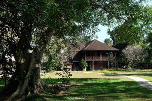 Lanna-Traditional-House-Museum-Chiang-Mai-Thailand-02.jpg