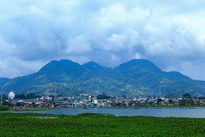 Laut-Tawar-Lake-Aceh-Indonesia-04.jpg