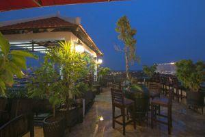 Le-Grand-Mekong-Hotel-Phnom-Penh-Cambodia-Exterior.jpg
