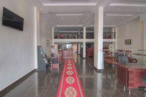 Le-Grand-Mekong-Hotel-Phnom-Penh-Cambodia-Reception.jpg
