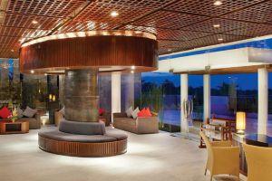 Le-Grande-Hotel-Bali-Indonesia-Lobby.jpg