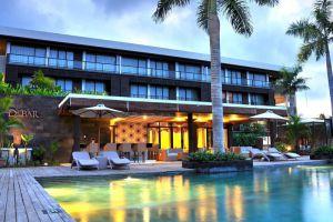 Le-Grande-Hotel-Bali-Indonesia-Pool.jpg