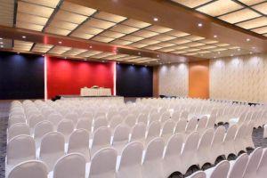 Le-Grandeur-Mangga-Dua-Hotel-Jakarta-Indonesia-Conference-Room.jpg