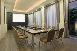 Le-Meridien-Resort-Spa-Samui-Thailand-Meeting-Room.jpg