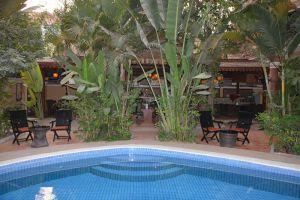 Le-Tigre-Hotel-Siem-Reap-Cambodia-Pool.jpg