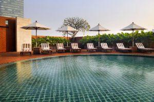 Lebua-at-State-Tower-Bangkok-Thailand-Pool.jpg
