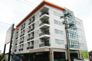 Lee-Nova-Hotel-Bangkok-Thailand-Overview.jpg