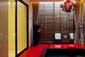 Library-Hotel-Samui-Thailand-Bathroom.jpg
