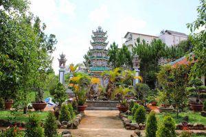 Linh-Phuoc-Pagoda-Dalat-Vietnam-005.jpg