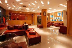 Loft-Hotel-Pattaya-Thailand-Lobby.jpg