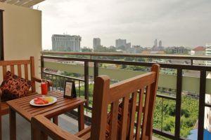 Loft-Hotel-Pattaya-Thailand-Terrace.jpg