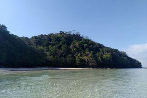 Loh-Moo-Dee-Beach-Phi-Phi-Krabi-Thailand-01.jpg