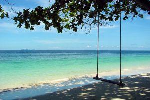 Loh-Moo-Dee-Beach-Phi-Phi-Krabi-Thailand-04.jpg