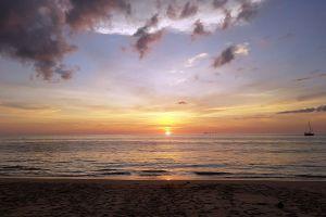 Long-Beach-Haad-Phra-Ae-Lanta-Krabi-Thailand-02.jpg