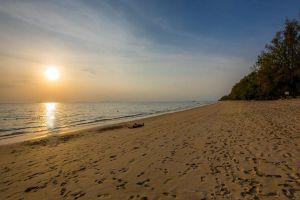 Long-Beach-Haad-Phra-Ae-Lanta-Krabi-Thailand-07.jpg