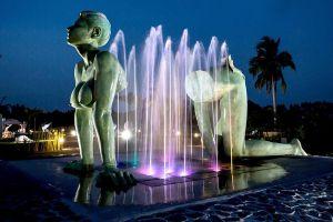 Love-Art-Park-Pattaya-Chonburi-Thailand-03.jpg