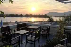 MAKK-Hotel-Kampot-Cambodia-Restaurant.jpg