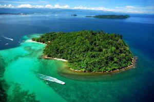Mabul-Island-Sabah-Malaysia-004.jpg