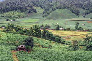 Mae-La-Luang-Viewpoint-Mae-Hong-Son-Thailand-06.jpg