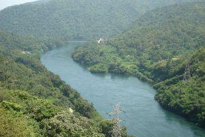 Mae-Ping-River-Chiang-Mai-Thailand-001.jpg