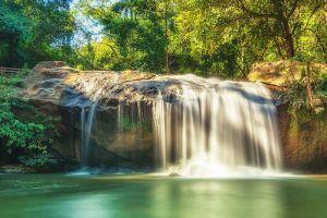 Mae-Sa-Waterfall-Chiang-Mai-Thailand-002.jpg