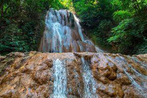 Mae-Sawan-Noi-Waterfall-Mae-Hong-Son-Thailand-02.jpg