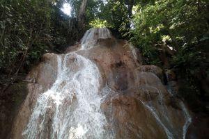Mae-Sawan-Noi-Waterfall-Mae-Hong-Son-Thailand-04.jpg