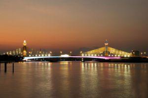 Maha-Chesadabodindranusorn-Bridge-Nonthaburi-Thailand-04.jpg
