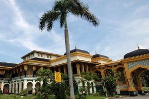 Maimun-Palace-North-Sumatra-Indonesia-004.jpg