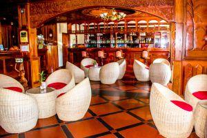 Majestic-Oriental-Hotel-Siem-Reap-Cambodia-Bar.jpg