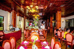 Majestic-Oriental-Hotel-Siem-Reap-Cambodia-Restaurant.jpg