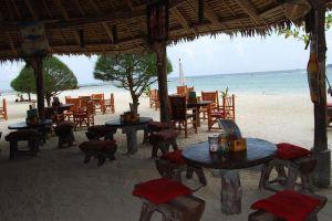 Malibu-Beach-Bungalows-Koh-Phangan-Thailand-Restaurant.jpg