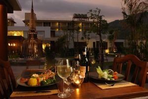 Malisa-Villa-Suites-Phuket-Thailand-Restaurant.jpg