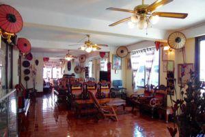 Maly-Hotel-Xieng-Khouang-Laos-Lobby.jpg