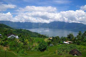 Maninjau-Lake-West-Sumatra-Indonesia-006.jpg