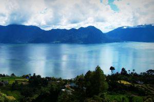 Maninjau-Lake-West-Sumatra-Indonesia-008.jpg