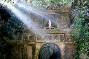 Marble-Mountains-Quang-Nam-Vietnam-003.jpg