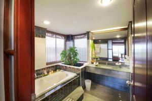 Maritime-Park-Spa-Resort-Krabi-Thailand-Bathroom.jpg