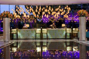 Marriott-Hotel-Manila-Philippines-Bar.jpg