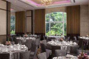 Marriott-Hotel-Manila-Philippines-Restaurant.jpg