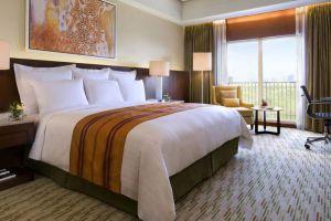 Marriott-Hotel-Manila-Philippines-Room.jpg